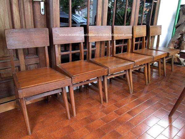 Maestro Antik Purwokerto: Meja dan Kursi Makan Jengki (MJ132)