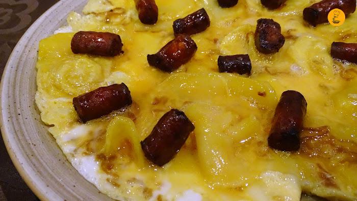 tortilla vaga con chistorra artesana en El Toque Majadahonda, tortilla vaga Lucas Vega