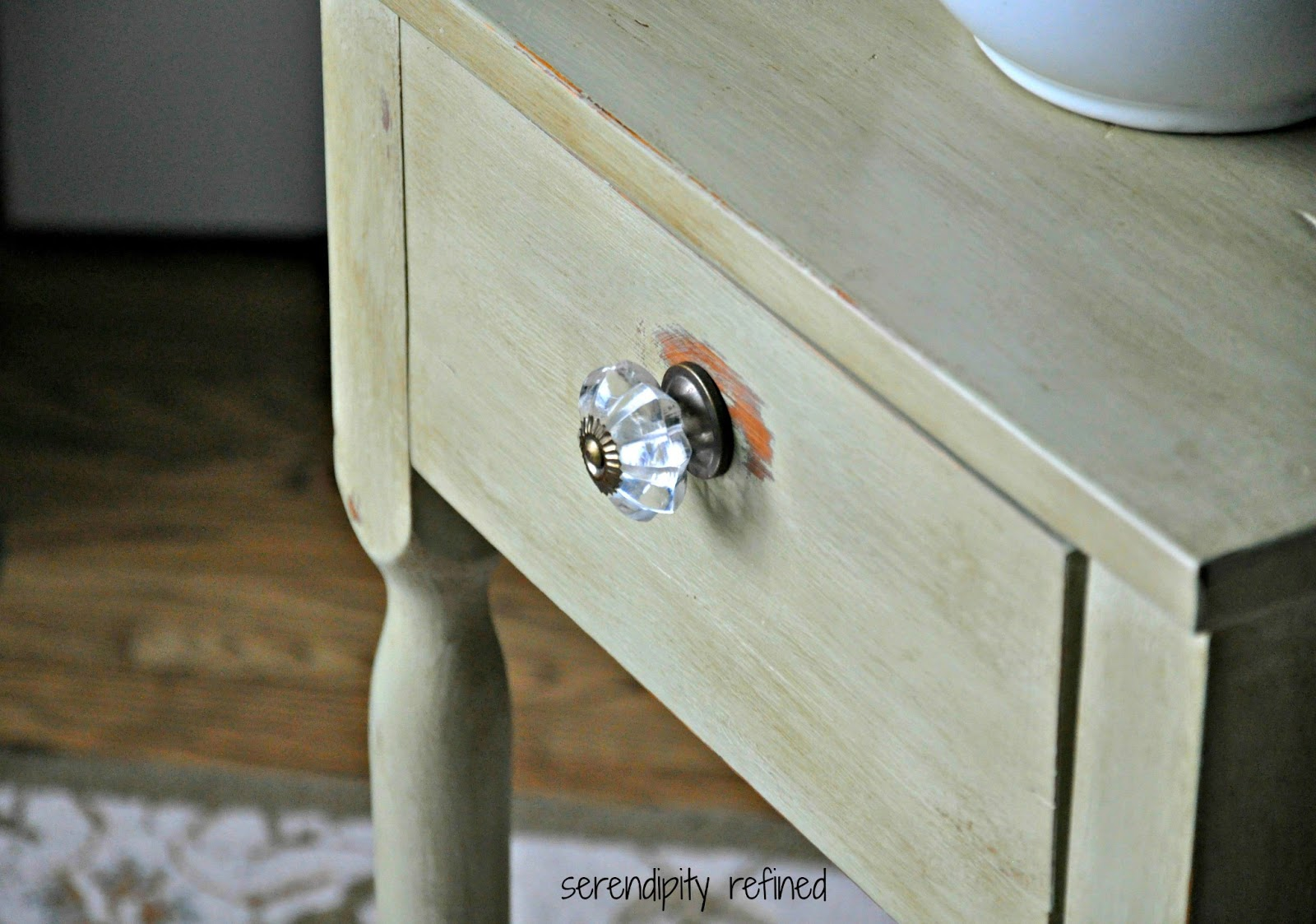 Vernice Chalk Paint Annie Sloan colored wax for painted furniture. rockers annie sloan and