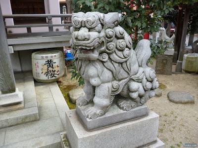 天王田八坂神社狛犬