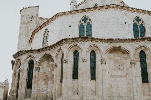 quartier bourg basilique saint paul