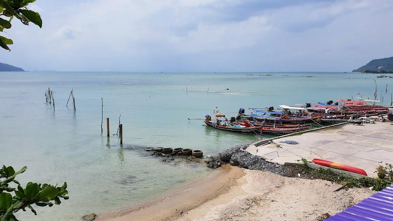 出發的港口,搭乘小船出海浮潛