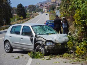 tragic accident: 1 girl dead and 2 injured in Vlora