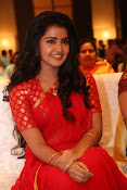 Anupama Parameswaran new cute photos-thumbnail-4