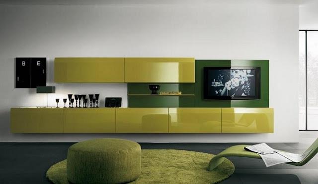 Chọn sơn tường màu trắng để làm nổi bật bộ kệ tivi gỗ phòng khách