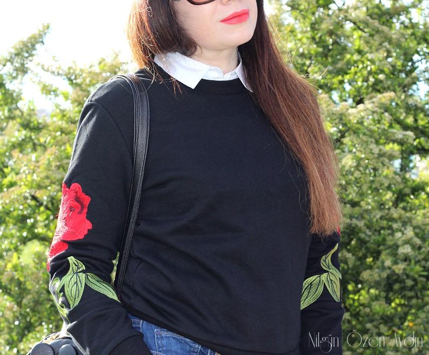 www.nilgunozenaydin.com-Rose Embroidered Black Sweatshirt