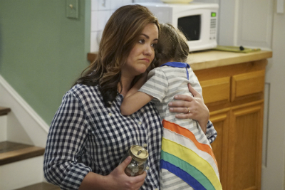 'American Housewife' Goes for Comedy, Settles for Distastefulness