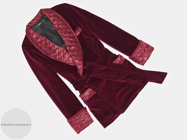 Men's velvet smoking jacket