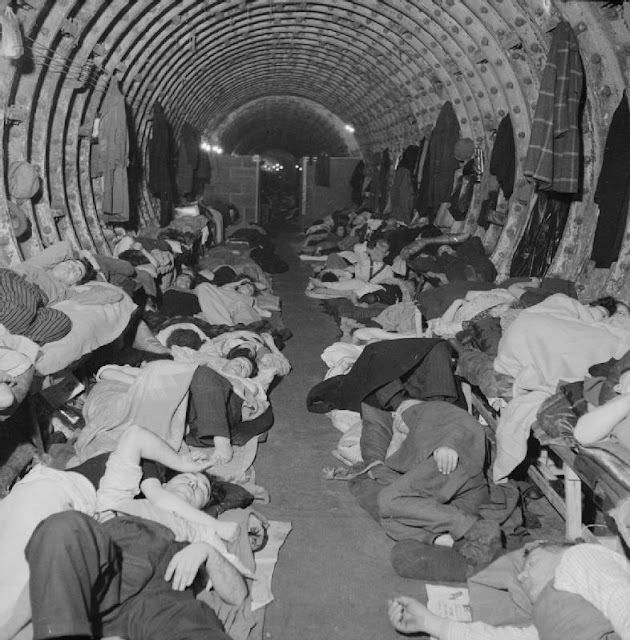 29 November 1940 worldwartwo.filminspector.com London underground shelter Liverpool Station