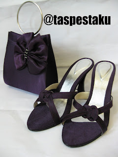 Produksi sandal tas pesta Grosir Tas Pesta Solo