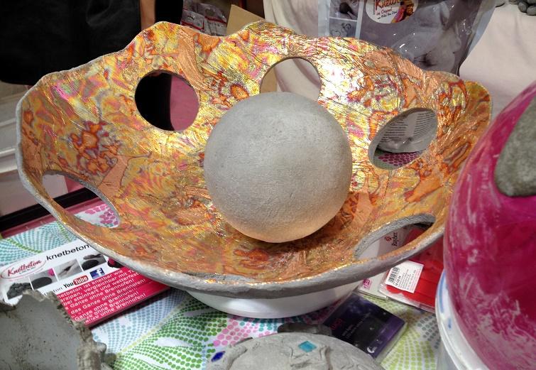 Arbeiten mit Knetbeton Zementdeko