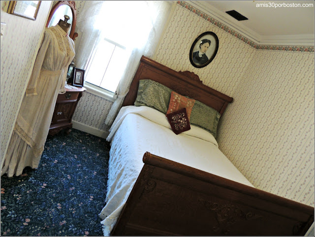 Lizzie Borden Bed & Breakfast Museum: Habitación de Emma Borden