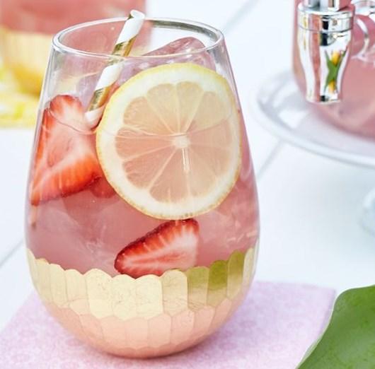 Moscato Lemonade #drink #mixeddrink