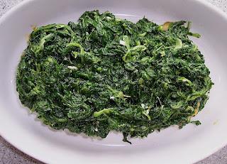 sayur bayam dapat menyehatkan bagi kesehatan usus