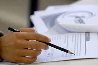 Apenas 77 pessoas tiraram nota mil na redação do Enem; 6,1 milhões fizeram o exame