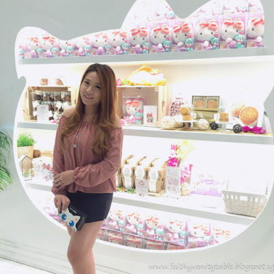 Unsponsored Review of Hello Kitty Orchid Garden Cafe Singapore