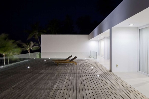 halaman desain villa mewah