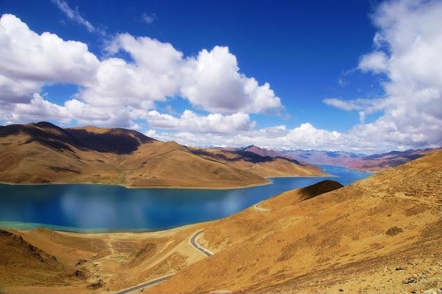 最美麗的水-羊卓雍雍(羊湖)