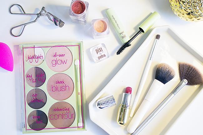Get The Makeup Look: Pixi Palette Rosette