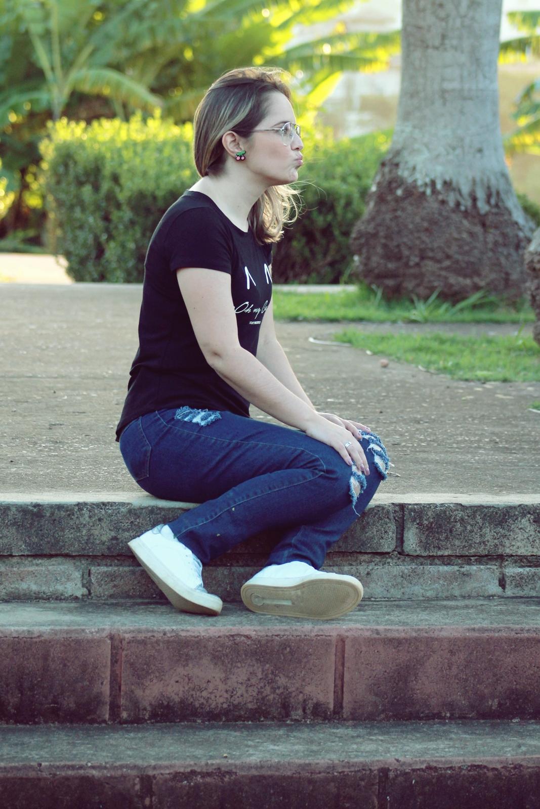 brinco divertido com calça jeans