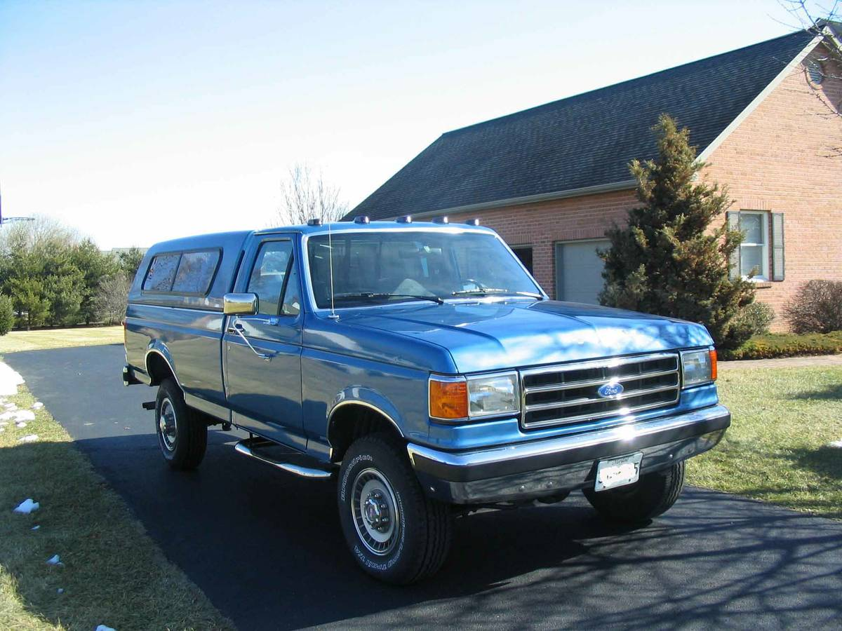 fuel: gas odometer: 85000 paint color: blue size: full-size title status:  clean transmission: manual type: pickup. Beautiful classic Ford F-250 XLT  Lariat ...