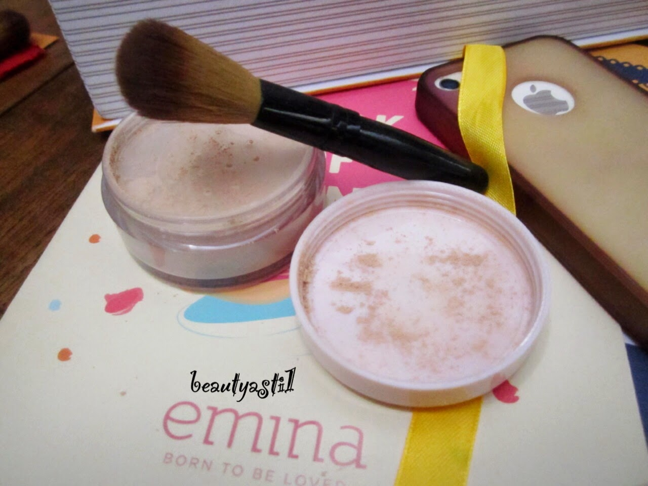 emina-mineral-loose-powder-review.jpg