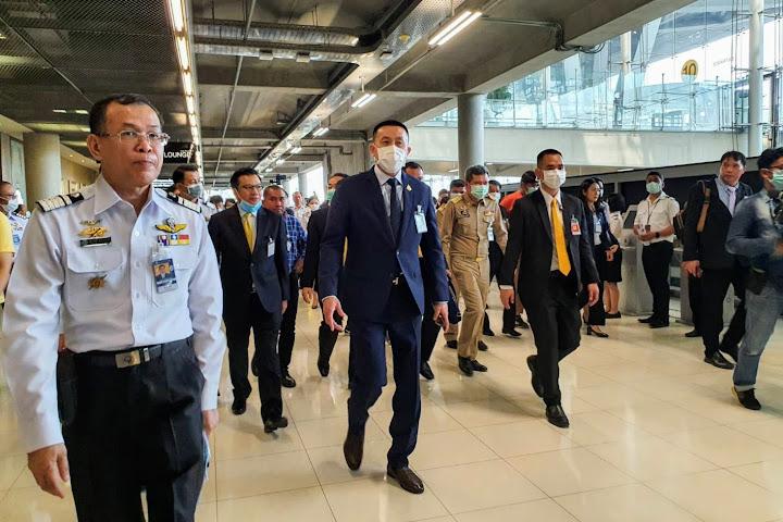 Правительство Таиланда платит по 10 тысяч батов за информацию о нарушителях карантина — Thai Notes