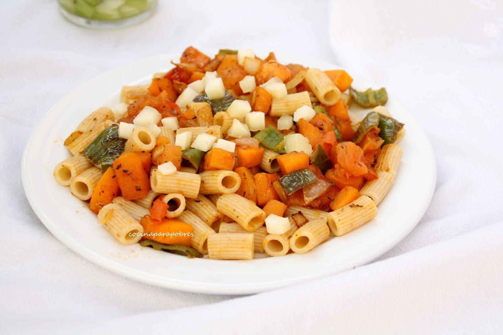 Cocina para pobres: Macarrones integrales con verduras