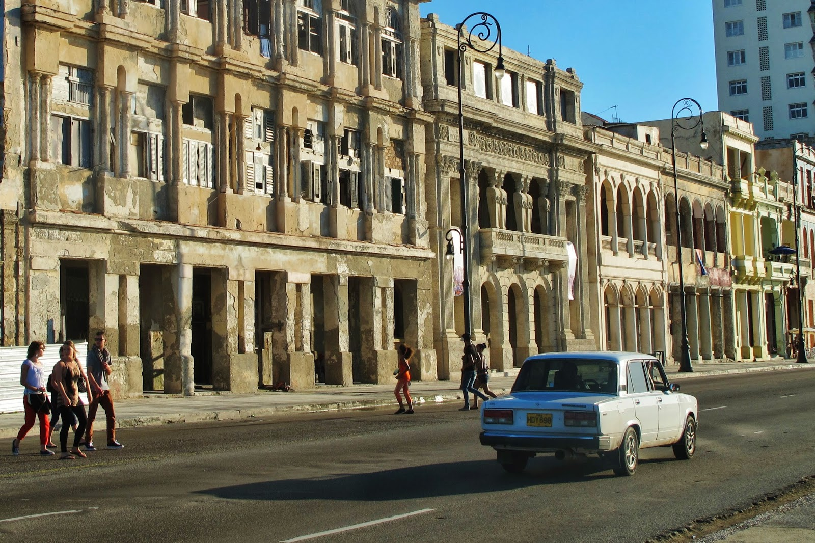 No Malecón de Havana, na chegada em Cuba