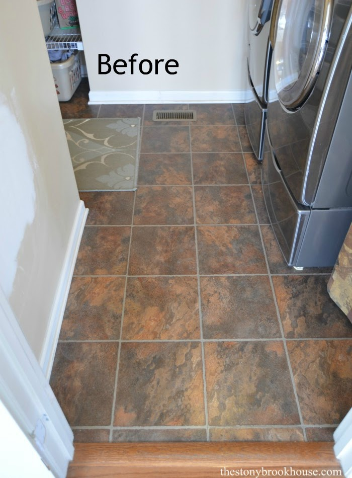 Painting & Stenciling Vinyl Flooring - The Pros & Cons