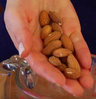 manfaat almond untuk kejatanan pria