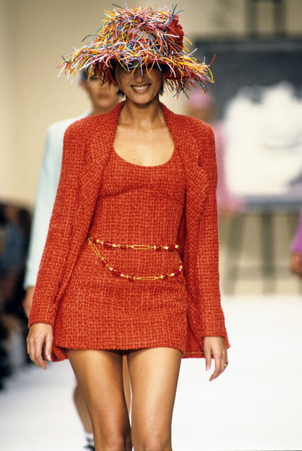 CHANEL SPRING READY TO WEAR 1994 Runway Show