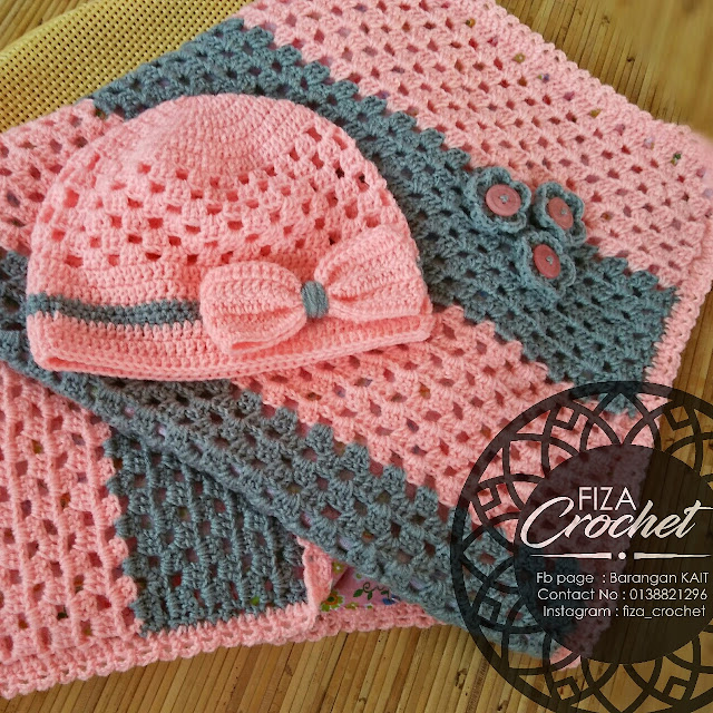 One set blanket dan topi baby girl