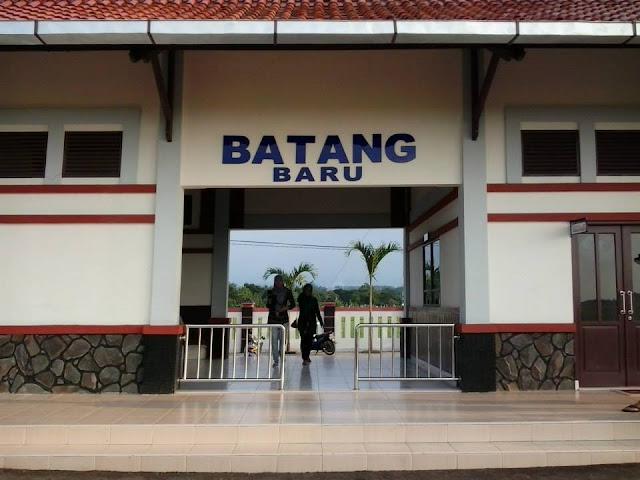 Stasiun Kereta Api Batang