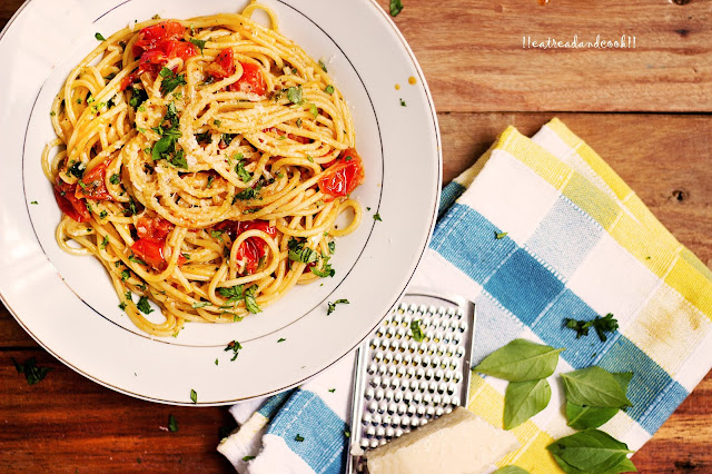 how to make Spaghetti with fresh cherry tomatoes recipe and preparation