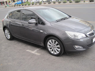 GumTree OLX Used cars for sale in Cape Town Cars & Bakkies in Cape Town - 2012 Opel Astra 1.6 Essentia 5 speed manual