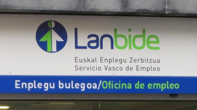 Letrero de la oficina de empleo de Lanbide