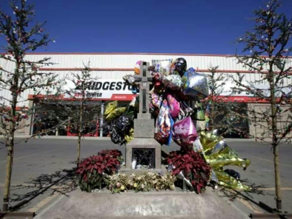 El día que El Chapo Guzmán dejo sin rosas Culiacán por la muerte de su hijo