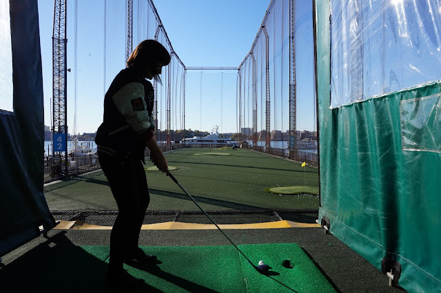 Grace DeMorgan Sydney Australian playwright tour guide to chelsea new york city golf club driving range