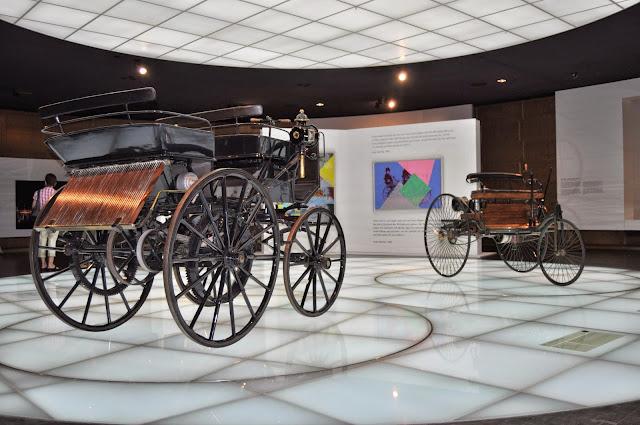 Museo Mercedes en Stuttgart