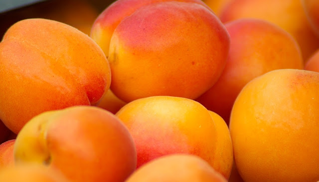 Apricots, Apricots-Health-Benefits, Apricots-Nutrition, Benefits-Of-Apricots, Eating-Apricots, Health-Benefits-Of-Apricots, Nutritional Value Of Apricots