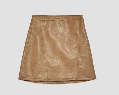 https://www.zara.com/fr/fr/femme/jupes/tout-voir/mini-jupe-effet-cuir-c733908p4746575.html#selectedColor=704&origin=shopcart