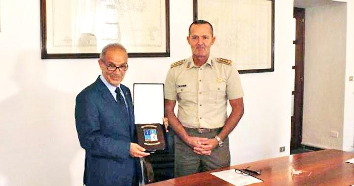 """CATANZARO. Protocollo d'intesa fra Comando Militare Esercito """"Calabria"""" e l'Avis"""