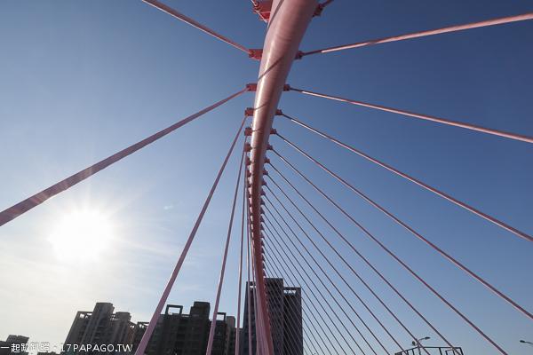 《台中.北屯》新桃花源橋|浪漫情人橋|大坑清新橋(蝴蝶橋)|藍天白雲橋|日夜都漂亮的景觀橋