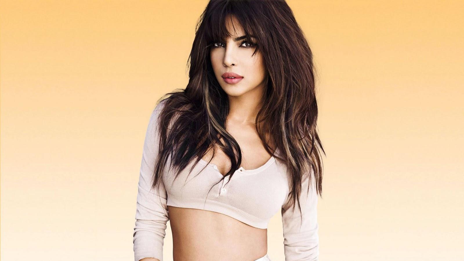 Indian Actress Blue Online Celebrity News 15