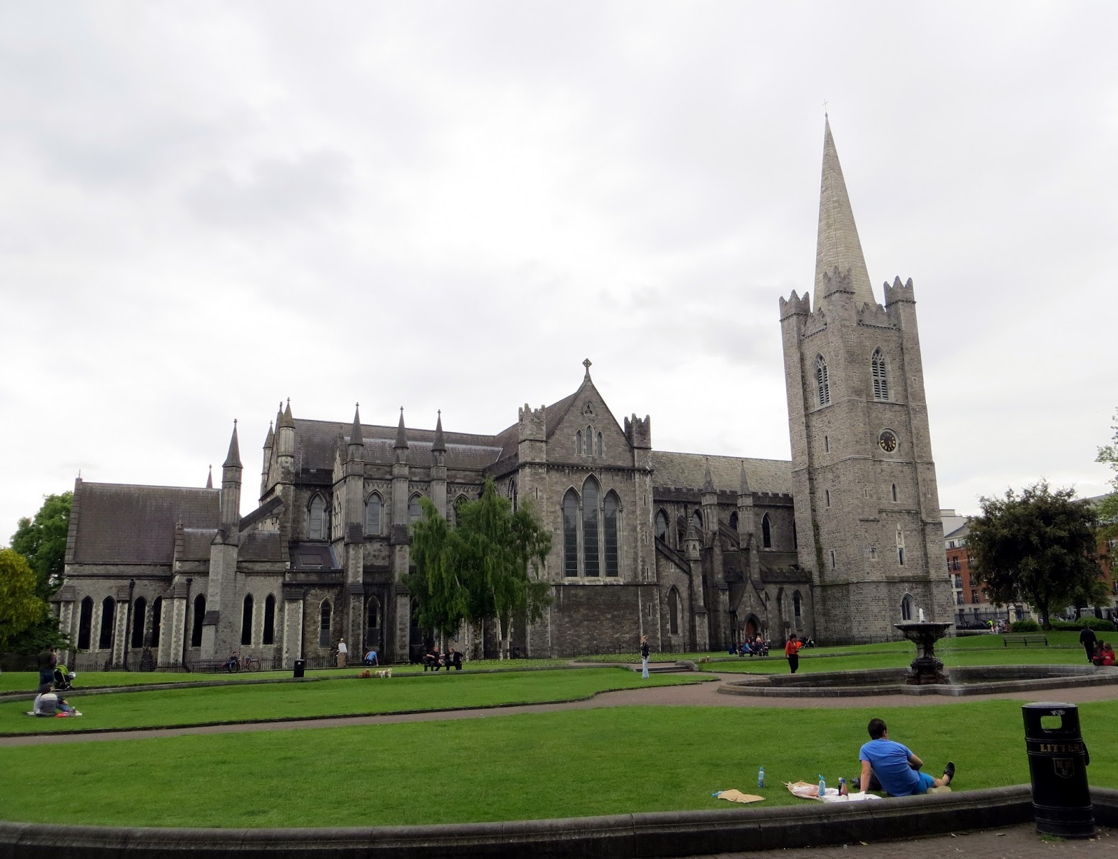 st patricks cathedral, Dublin, Ireland, Europe, things to do in dublin, guide to dublin, travel blog, travelling, the custom house, liffey, ireland photography, dublin photography, eire, Guinness, temple bar, irish pub, traditional, cobbled street, beautiful, docks, dublin spire, O'Connell street, post office, LUAS, tram, Dublin Castle, half penny bridge, ha'penny bridge, liffey bridge, wellington bridge, book of kells, Trinity college, sculpture, library, long room, st stephens green, famine memorial, jeanie johnston, long ship, irish immigrants, christ church cathedral, kilmainham gaol, prison, revolution, rebellion, 1916, 1921, irish free state, ira, stone breakers yard, victorian wing, st james brewery, guiness storehouse, gravity bar,