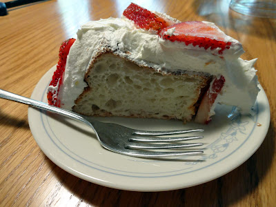 Runwithjackabee A Very Delicious Strawberry Angel Food Cake
