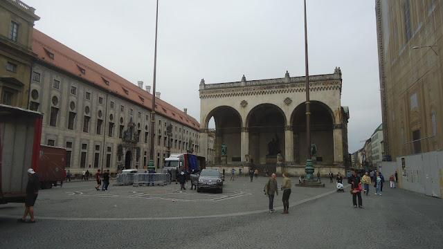 Odeonsplatz O que ver em Munique Alemanha