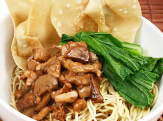 Resep-dan-Cara-Membuat-Mie-Ayam-Pangsit-Jawa-Enak-dan-Sederhana