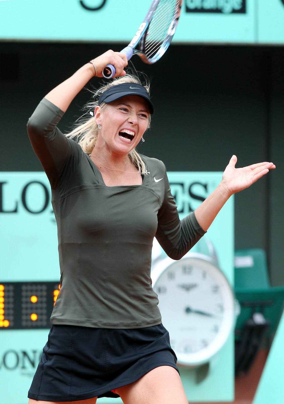 Maria Sharapova Playing In The French Open 2012 In Paris